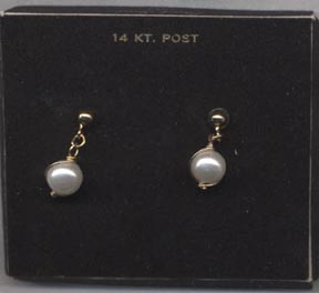 PEARL SWIRL Earrings - Pierced