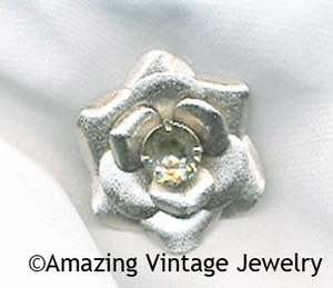 BLACK DIAMOND Pin