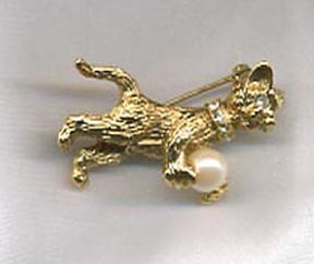 Goldtone Cat Pin w/Pearl Ball