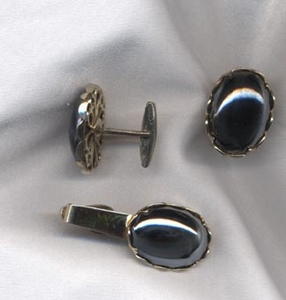 REFLECTIONS Tie Bar & Cuff Links