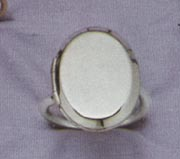 LOCKET Ring - Sarah Teen