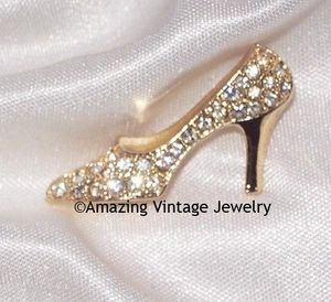 Goldtone/RS Slipper Pin
