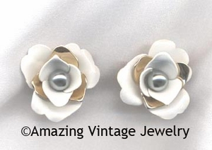 CAMILLIA Earrings