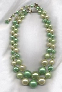 Green Pearlized 2-Strand Necklace