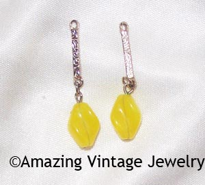 HOLIDAY Earring Dangles Yellow