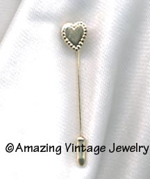 DAINTY HEART Stick Pin