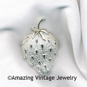 STRAWBERRY ICE Pin
