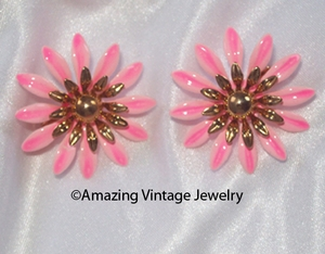 FASHION PETALS Earrings - Pink