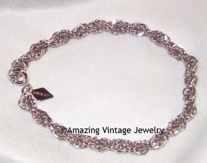 TWISTED ROPE Bracelet - Silvertone