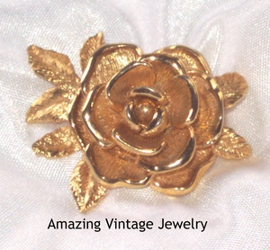 AMERICAN BEAUTY Pin
