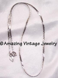 CASUAL CLASSIC Necklace - Silvertone