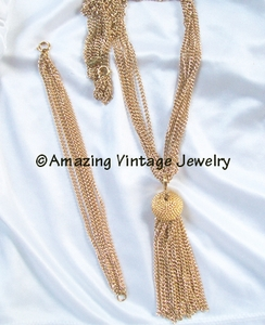 TASSEL MAGIC Necklace Goldtone