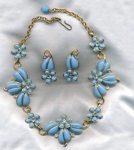 Light Blue Necklace/Earrings Set