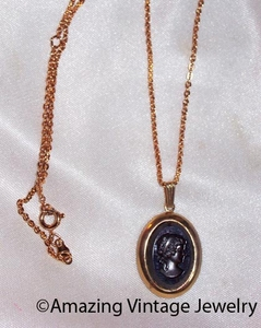 MIDNIGHT CAMEO Necklace