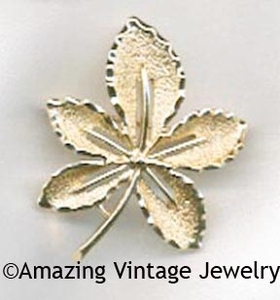 IVY Pin - Goldtone