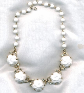 SNOW PRINCESS Necklace