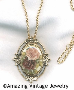 ROSE MARIE Necklace