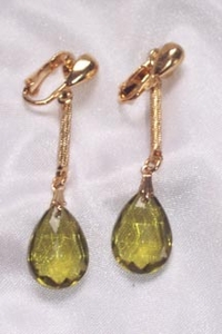 EMBER TEARS Earrings - Olive