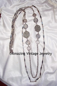SILVERY TASTE OF HONEY Necklace Set