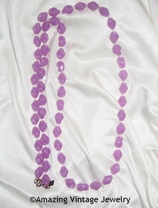 HOLIDAY BEADS Necklace - Lavender