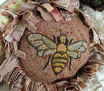 NEW! Queen Bee by Karen Kahle - Pattern Only or Complete Rug Hooking Kit