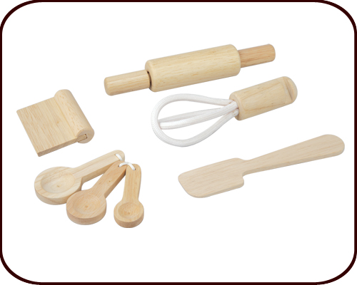 Baking Utensils (3 years+)