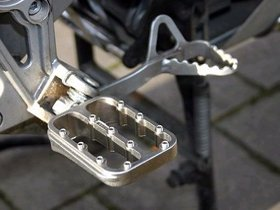 Fastway EVO F3 Series Performance Pegs with Lowering Option for Yamaha Super Tenere XT1200Z and TTR 225