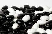Black and White Tuxedo Jordan Almonds (1 Pound Bag)
