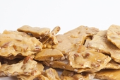 Fresh Cashew Brittle (1 Pound Bag)
