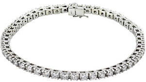 14KT White Gold 4 1/2 CTW Diamond Line 7.25