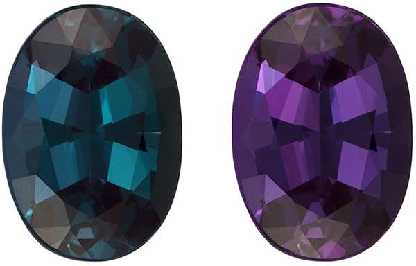 Super Gem Alexandrite Oval Gemstone in Vivid Teal Blue Green to Burgundy, 6.9 x 4.9 mm, 0.84 carats - GIA Certified
