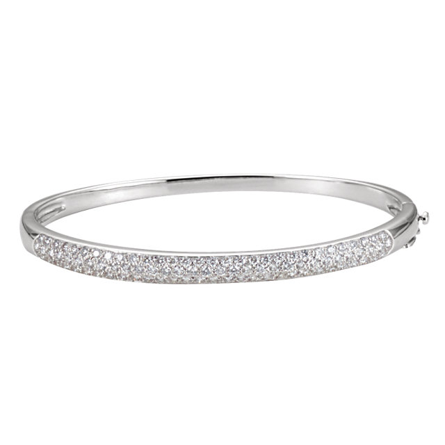 14KT White Gold 1 1/2 CTW Diamond Bangle 7.5