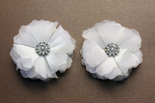 Absolutely Audrey Tulle Flower Shoe Clips -Cream