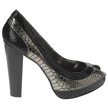 XOXO Cobra Peep Toe Pump- Black