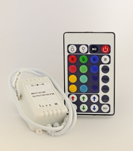 Sakiotis RGB Remote Color/Dimmer