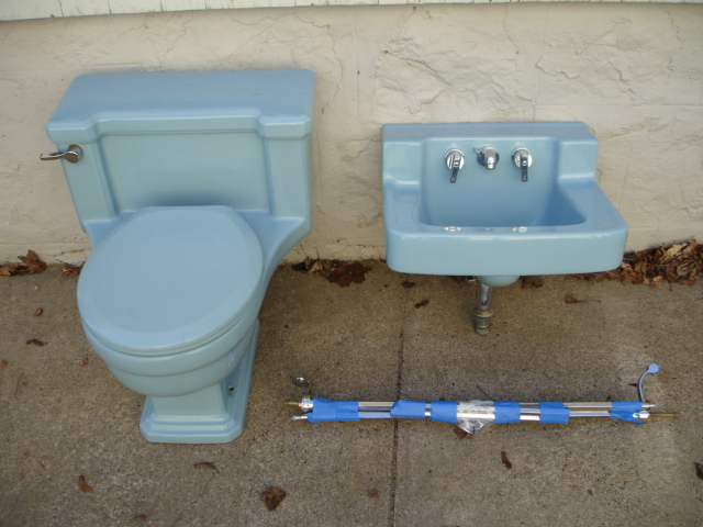 1958 Vintage American Standard Vitreous China Wall Mount Sink and ...