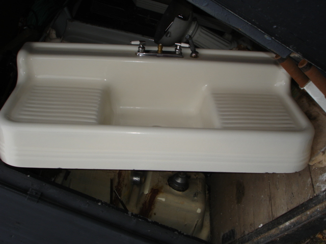 1932 Vintage Standard Sanitary Porcelain Over Cast Iron Single Basin Double Drainboard  Sink With Legs