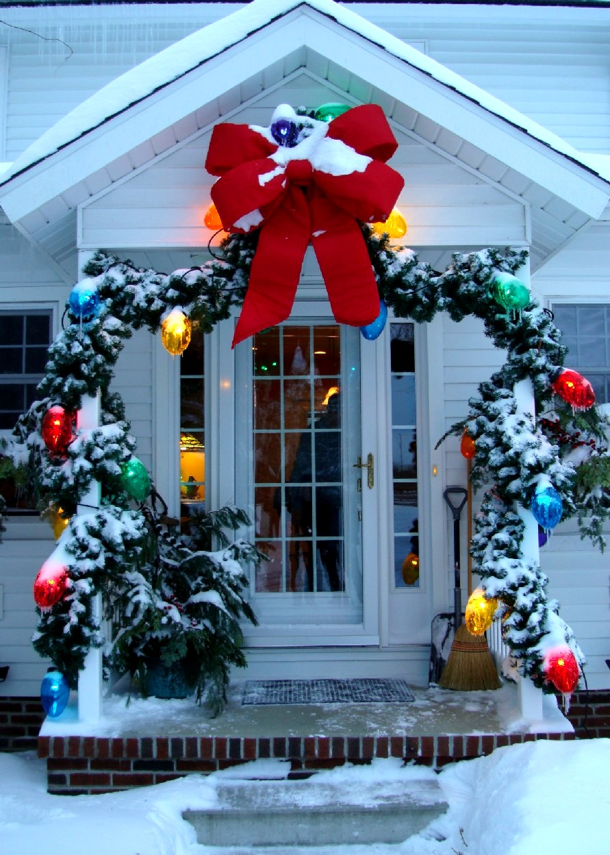 decorations for outdoor trees wreaths and garlands exterior christmas decorations