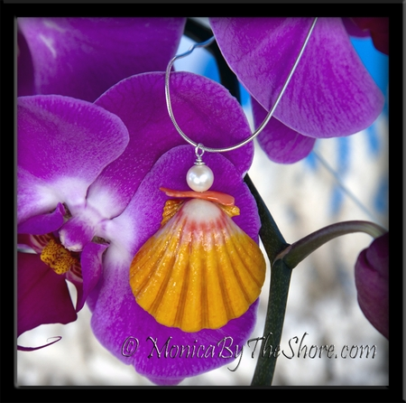 Hawaiian Sunrise Shell, Pink Branch Coral & Cultured Pearl Pendant Serpentine Necklace