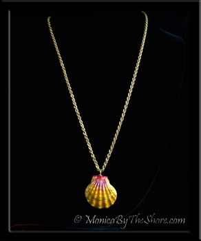 Bold Pink & Gold Sunrise Shell Pendant on 22 inch Gold Chain