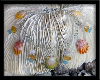 """Sea Gems"" Hawaiian Sunrise Shell 5 Shells & Gemstones Charm Bracelet"