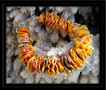 Sunrise Shell Chip Bracelet