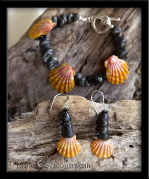 Hawaiian Sunrise Shell & Black Pipipi Shells Earrings & Bracelet Set