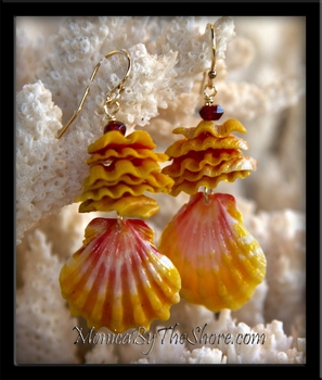 Local Style Hawaiian Sunrise Shell Chip Earrings with Garnets