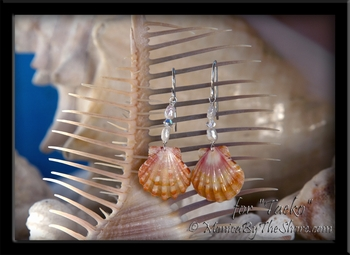 "Custom Peach Hawaiian Sunrise Shell, Pearl & Swarovski Crystal Earrings for ""Taeko"""