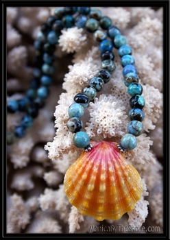 Classic Hawaiian Sunrise Shell & Larimar Necklace