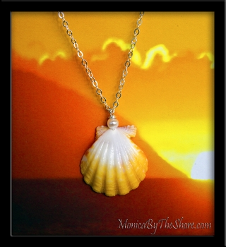 Bright White & Yellow Hawaiian Sunrise Shell & Pearl Pendant Necklace