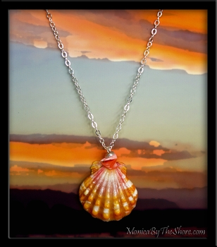Orange Pink Corall Sunrise Shell Pendant Silver Necklace