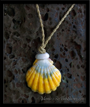 Yellow & Blue Keep da Country Country Hawaiian Sunrise & Puka Shell Necklace