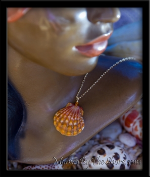 Deep Orange Hawaiian Sunrise Shell Gold Chain Necklace